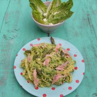 Jamie Oliver's Fettuccine with Smoked Trout, Asparagus and Peas