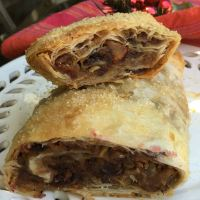 Jamie's Christmas Pudding Strudel